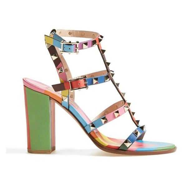 Women's Valentino 'Rockstud' T-Strap Sandal (8.650 HRK) ❤ liked on Polyvore featuring shoes, sandals, scarpe, valentino sandals, chevron print shoes, valentino shoes, t strap sandals and mod shoes