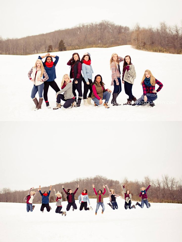 Best 25 group poses ideas on pinterest family portrait for Best group pictures
