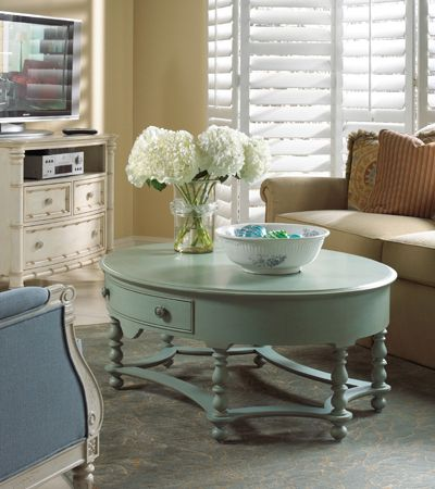 Pretty Turquoise Coffee Table <3    where:  Hinson Furniture Galleries  1208 13th Ave.  Columbus GA, 31901  706-327-3671