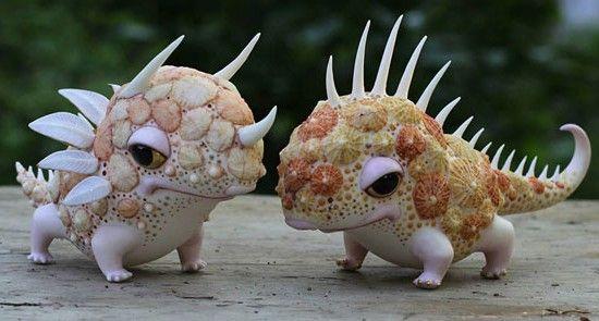 珍獣?それとも妖精?鮮やかな装飾とユーモラスな造形。魚や小動物などをモチーフにした陶芸作品   展覧会情報・写真・デザイン ADB