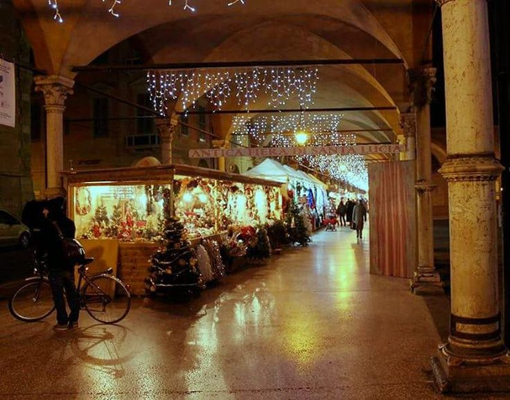 Mercato di Santa Lucia, Bologna - Instagram by dani.penn