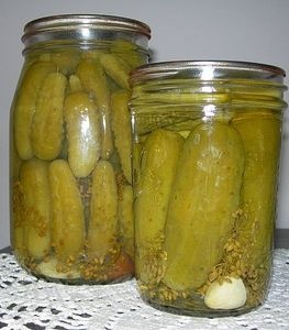 How to Make Dill Pickles: One Jar At A Time thumbnail