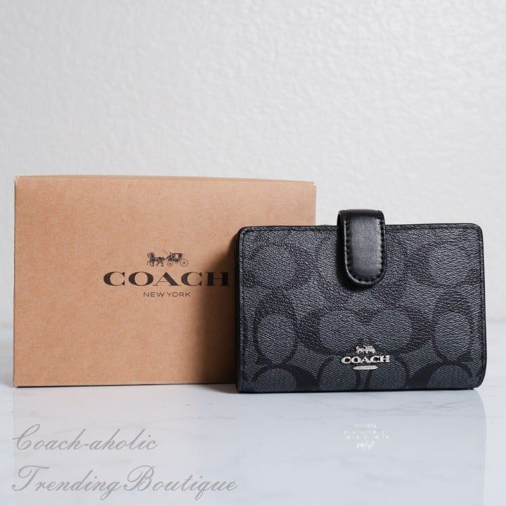 NWT Coach F23553 Medium Corner Zip Wallet Signature PVC Khaki//Black