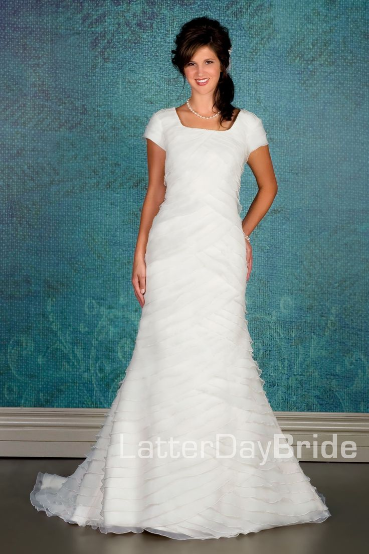 123 best Wedding Dress images on Pinterest | Short wedding gowns ...