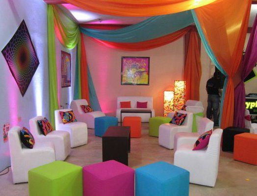 16 best quince images on pinterest 70s party birthdays - Decoracion con cortinas ...