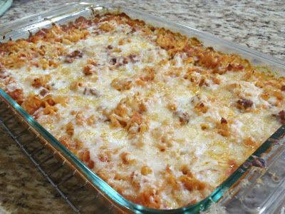 Ramen Bake 4 pk Beef flavor Ramen 1 (26 oz.) bottle spaghet sauce 1 lb. cooked grnd beef  1+1 c. mozz chze, shredded 31/2 c. water. Heat oven to 400 deg. Lightly coat 9 x 13 bake dish with non-stick spray. Break up 4 packs ramen, spread over dish. Sprink cooked beef. Pour spghti sauce over top and sprink 1 seasoning pack over top of sauce. Sprink 1 c. chse over top, pour H20 over all. Cover tightly with alum foil. Bake 40-50 min, til H20 absorbed. Sprink 1 c. chze and oven 7-10 min til…