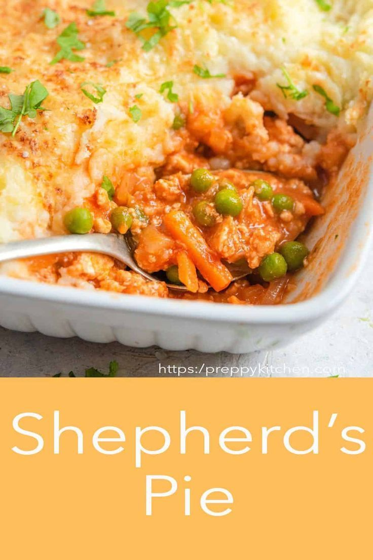 Wholesome Hearty And Comforting Shepherd S Pie From Preppy Kitchen Made With Ground Chicken A Saucy And Delicious Gravy In 2020 Shepherds Pie Cottage Pie Creamy Mash
