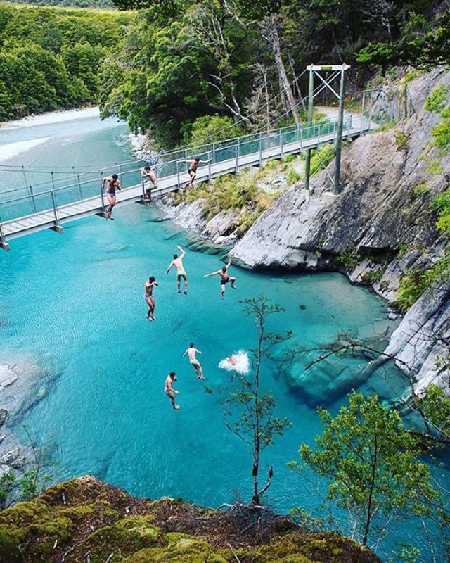 Who would you jump with?! Stunning capture of the Blue Pools near lake Wanaka by @agphotofr