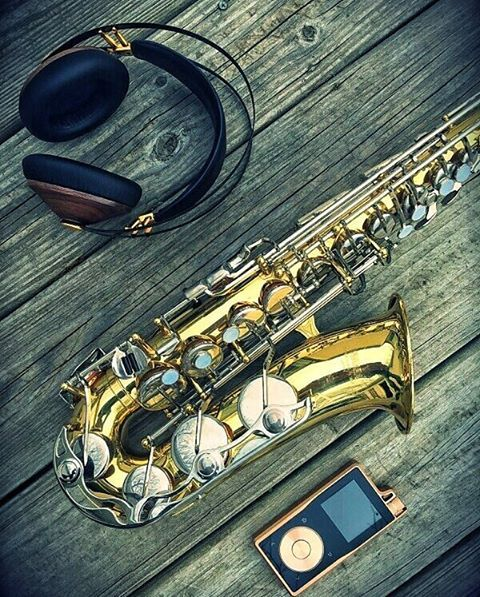 Bringing out the brass.  #musiclover #singer #songwriter #producer #studio #album #talent #saxaphone #sax #saxophonist #musicians #hifi #headfi #audiophile #portableaudio #auidoporn #band #vocalist #questyleaudio #stereophile #headphones #conradjohnson #mezeaudio #luxlife #lux #yamahamusic via Headphones on Instagram - Best Sound Quality Audiophile Headphones and High-Fidelity Premium Earbuds for Hi-Fi Music Lovers by AudiophileCans