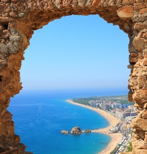 Marbella, España Costa del Sol Beach  Made a promise to live in Spain at some point in life.