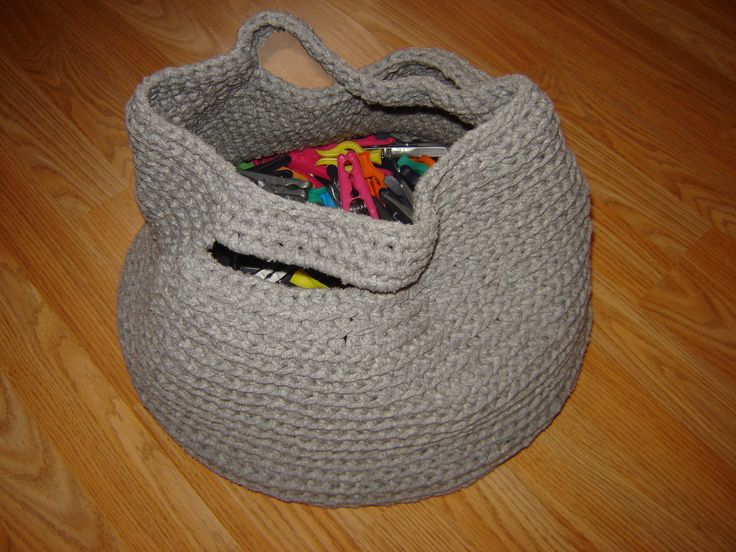"""pins and pegs"" basket"
