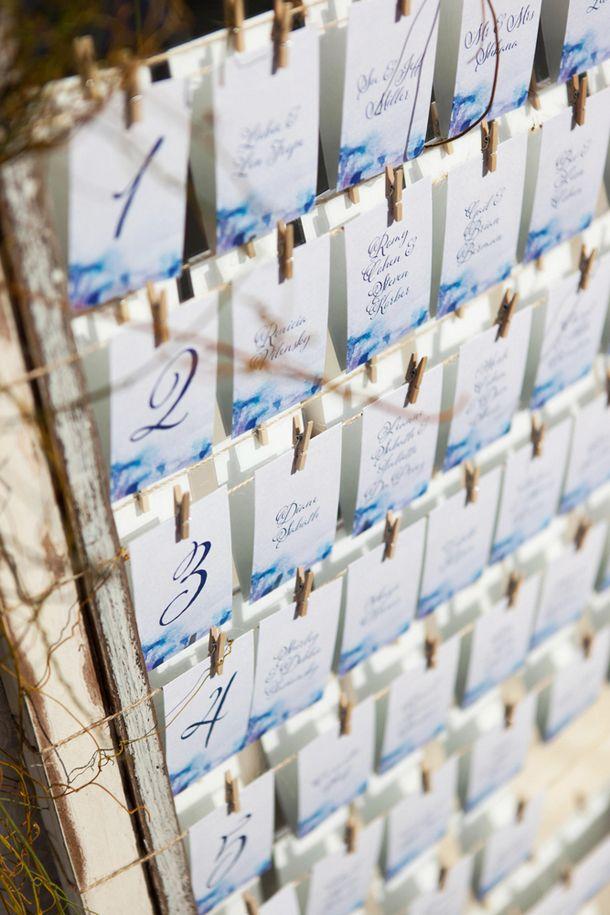 白とブルーで爽やかな席次表&エスコートカード! <披露宴・1.5次会 席次表の参考例>
