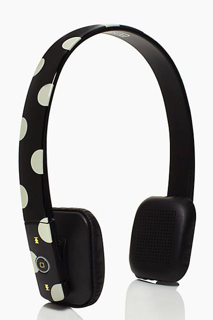 Help! My Headphones Hurt My Ears #refinery29  http://www.refinery29.com/comfortable-headphones#slide10  We love these bluetooth wireless headphones. You can move around in 'em — no strings attached — for up to 30 feet.