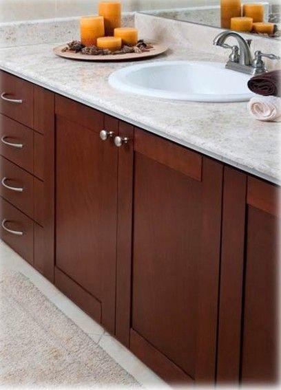 Brasilia - Nuestros muebles de baño enchapados permiten almacenar de forma ordenada y estética todo lo que necesite. #GustoPorLaDecoración