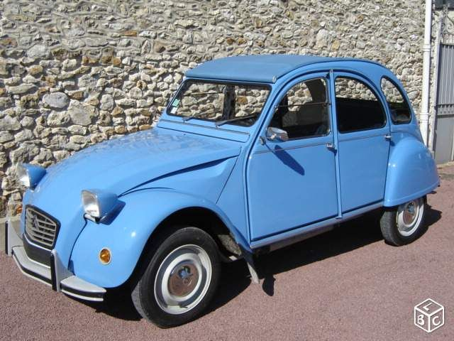 les 99 meilleures images du tableau 2cv bleue sur pinterest tout le octobre et voitures anciennes. Black Bedroom Furniture Sets. Home Design Ideas