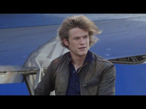 EXCLUSIVE: First Look at CBS' 'MacGyver' Reboot With Lucas Till