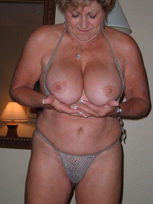 Sexy granny tits
