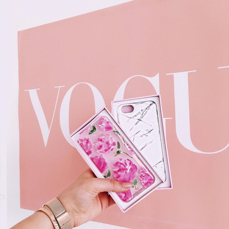 """EKATERINA➰ALEXANDRA auf Instagram: """"What to wear - Marble or Roses - serious decisions on friday Morning  Happy friday my loves Cases @nunucodesigncompany #fwis #wiw #wiwt #blogger #blogger_de #modeblogger #case #iphonecase #roses #marble #ndchappyagenda #justgirlthings #friday #nunucodesigncompany #vogue #germanblogger #kölnbloggt #details #acessories #rosegold"""""""