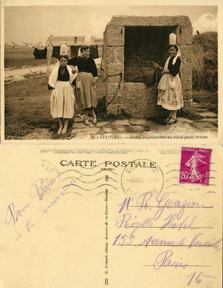 Le Guilvinec - Jeunes Bigoudennes au vieux puits breton - 1935 (from http://mercipourlacarte.com/picture?/129) G. Artaud, Éditeur, Nantes