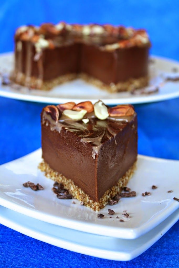 Raw peanut butter chocolate cheesecake. #vegan #glutenfree