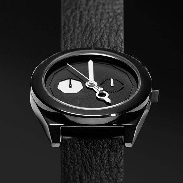 Timeless Onyx #thewatchco #aark #aarkcollective #cool #design #timepiece #watch #minimalist
