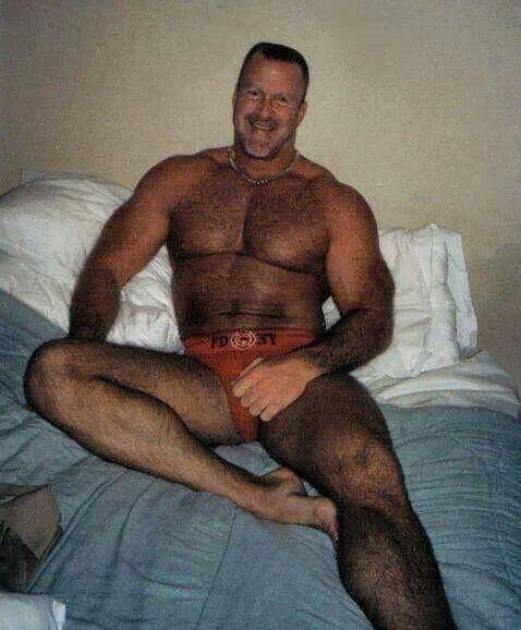 Muscled daddy fucking a boy