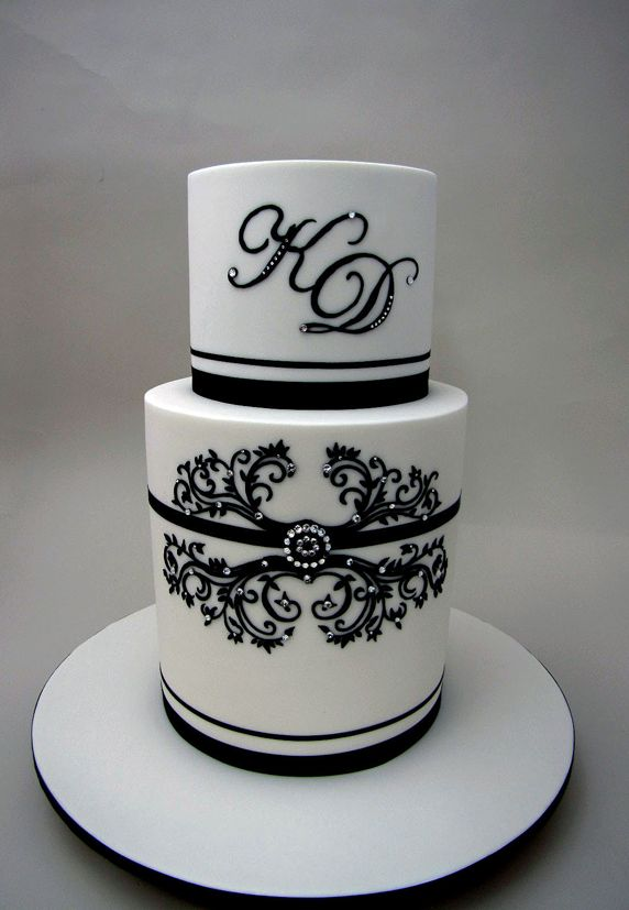 Pretty Stenciled Bling Black & White Cake Picture