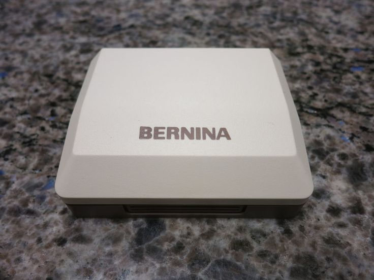 Exceptionally nice Bernina Walking Foot with the hard case. It has the wider prongs on top so it will only fit the machine 930 or earlier, Record Era machines, 530-930. Walking foot as shown. This is for the Old Style Berninas only, not the New Style machines such as the Artistas. | eBay!