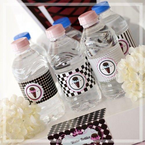 Su şişeleri