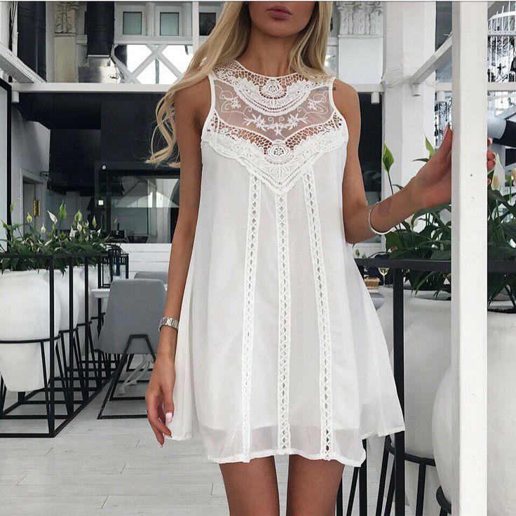 В наличии совсем немного 🙈 Шикарные белые шифоновые платья с гипюром 😻 Длина: 82 см 👌🏻 Размеры: S, M , L 🤗 595 грн 💋