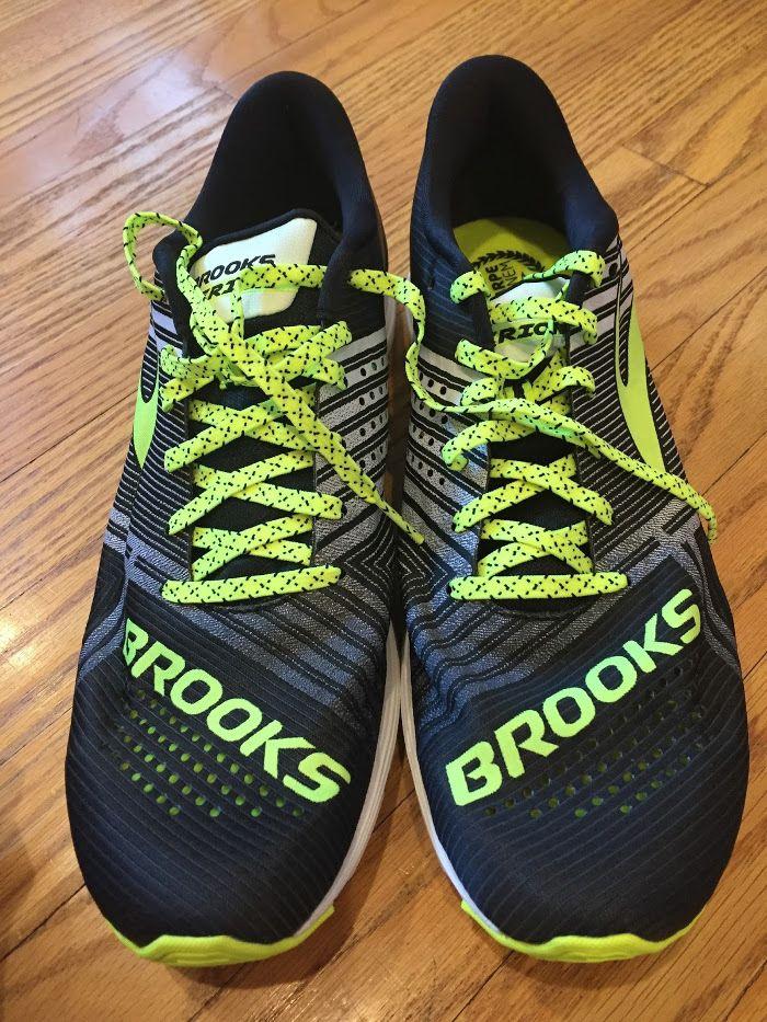 Обзор кроссовок Brooks Hyperion В свое время мне очень нравилась модель  Brooks T7 Racer. В ней сочеталось очень много хороших качеств: легкость, ...