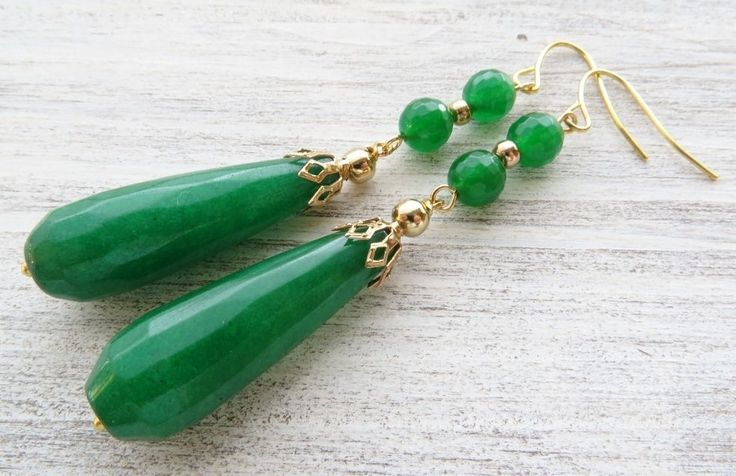 Orecchini con gocce di giada verde smeraldo, pendenti pietre dure, gioielli