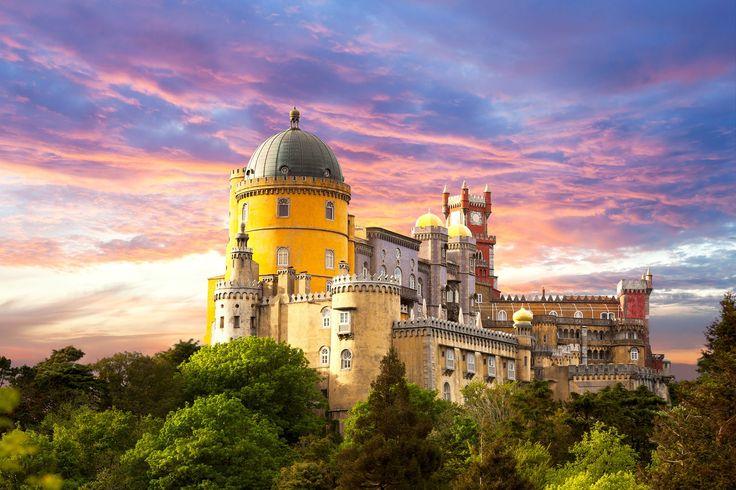Fairy+Palace+against+sunset+sky+-+Panorama+of+Pena+National+Pala