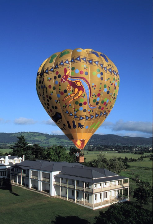 Hot air ballooning over the Yarra Valley