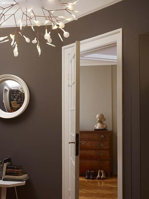 Grå+beige=greige - mullvadstonerna eller varma gråtonerna. Kulören är varken helt grå eller helt beige, men i perfekt harmoni mittemellan.