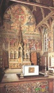 Brugge memiliki banyak gereja indah, salah satunya Basilika of The Holly Blood,