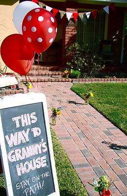 this way to Grannie's house ... such a cute Red Riding hood themed party that even THIS grandma would be tempted to have this fun party at her house!