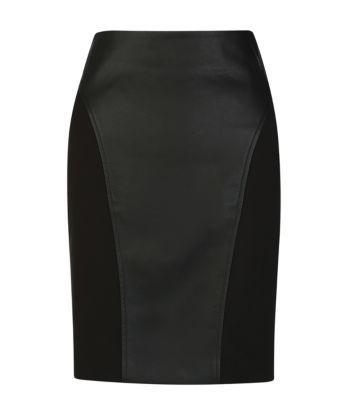 23euros pour cette jupe droite bi-matière qui me semble bien élégante