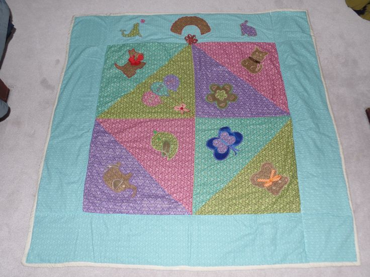 Nice baby blanket I made it using appliques animals. It comes out very good.