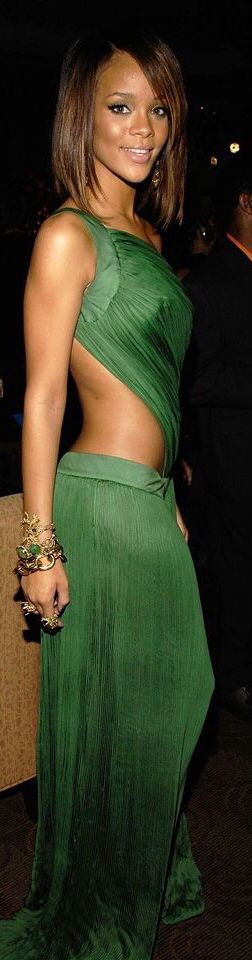 Rihanna in Roberto Cavalli