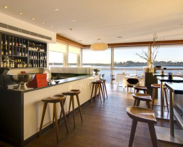 The Sunny Coast is #blessed to have a whole lot of waterfront. Our favourite way to enjoy it? Scoffing a meal while taking in the view from these hotspots.