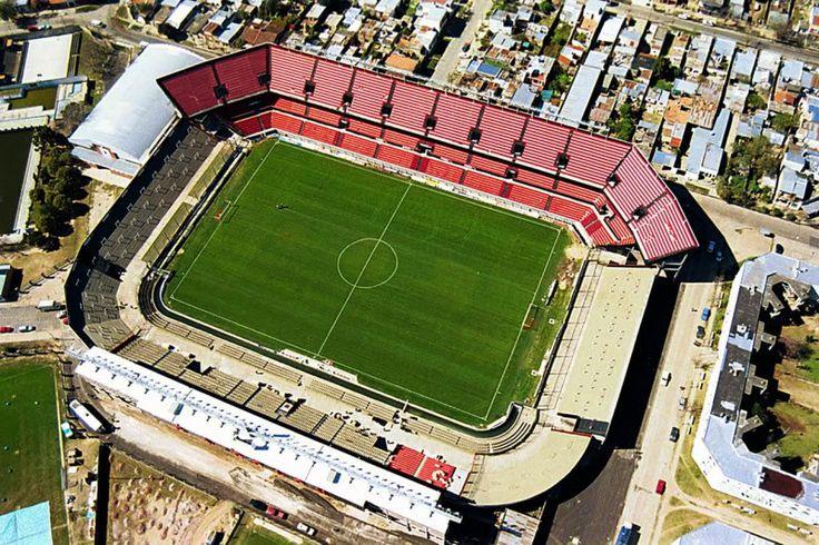 Estadio Brigadier General Estanislao López - Club Atlético Colón - Santa Fe - Capacidad 47.000 espectadores (37.000 sentados)