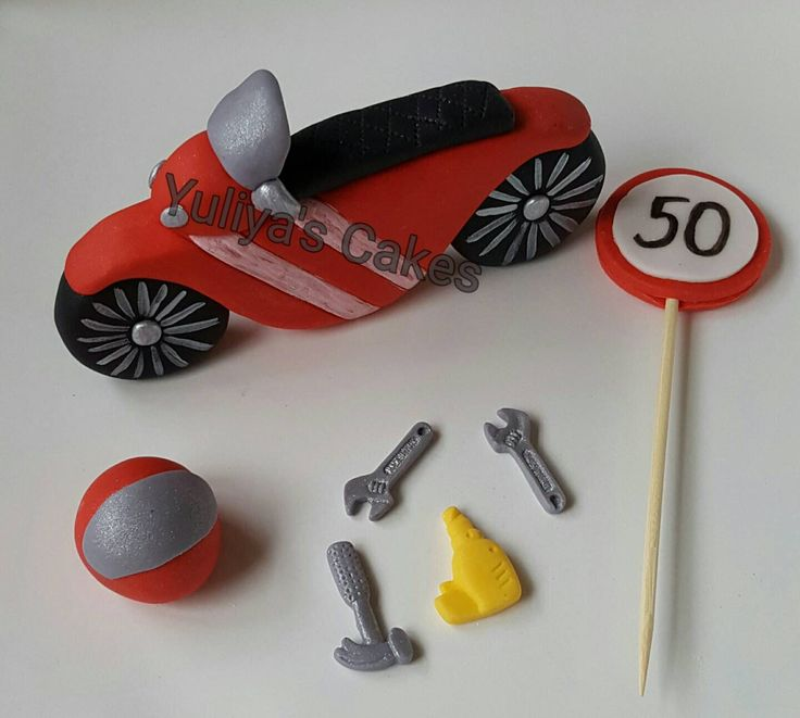 Edible motorbike cake topper,tools,sign,age,handmade birthday sugarpaste by Yulcakes on Etsy https://www.etsy.com/listing/242062455/edible-motorbike-cake