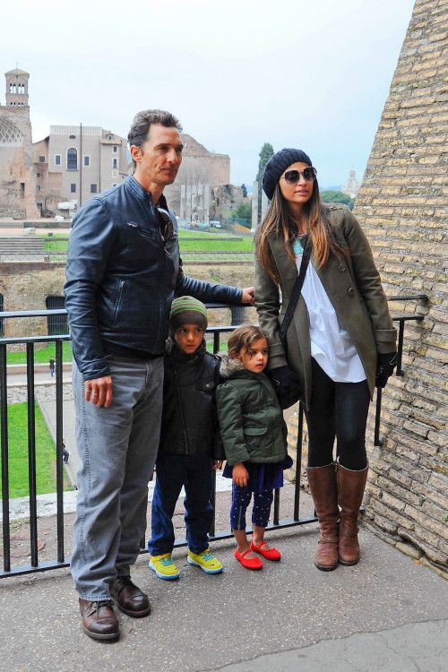 Matthew McConaughey & Family: Roman Holiday