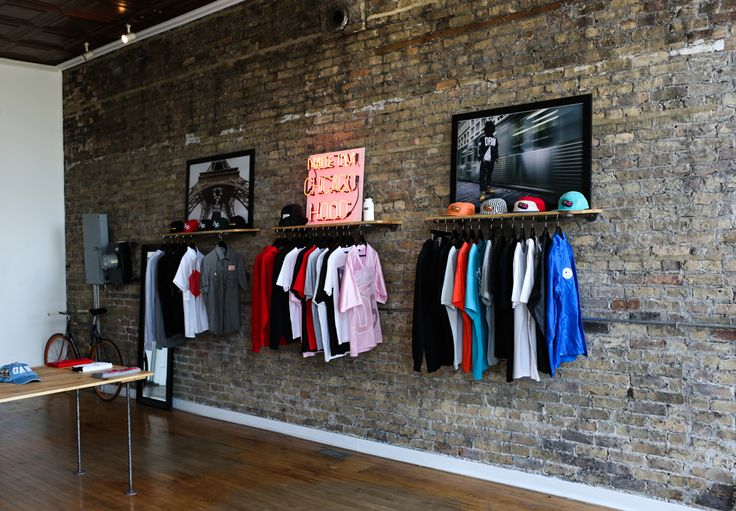 Made in a Chicago Hood :: Streetwear Boutique & Brand Fat Tiger   The Hundreds