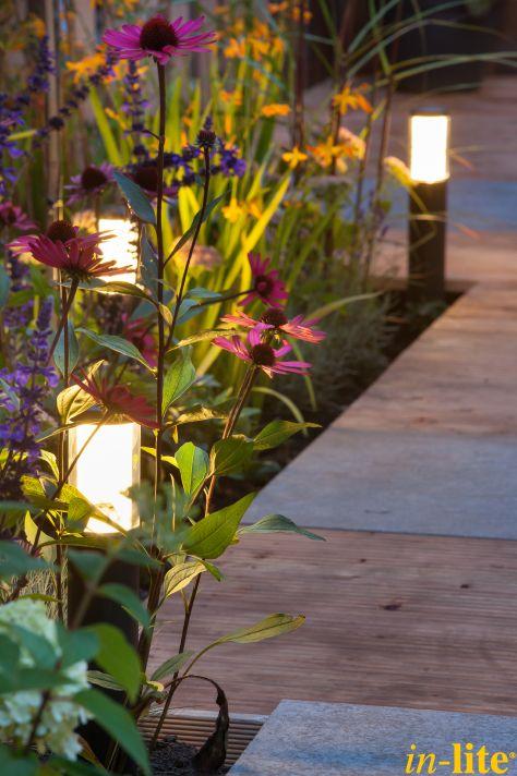 Levend groen | Border | Staande lamp LIV LOW DARK | 12V | Tuinverlichting | Inspiratie
