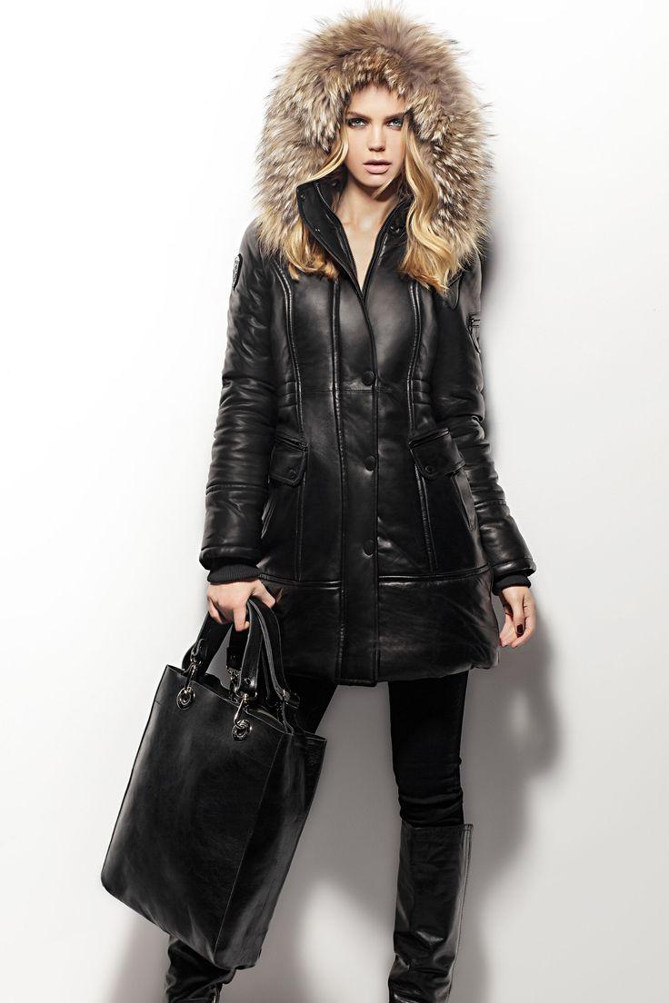 Women's DARLA; Duffy Bag- classic