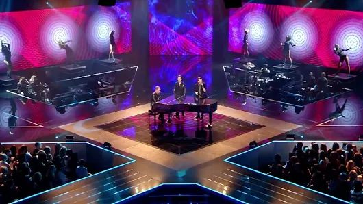 Armin van Buuren - I Need You (The Voice of Holland 2017 with Thijs & Vinchenzo  The Final) - YouTube