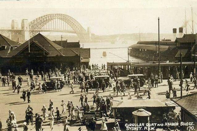 Circular Quay,Sydney in 1930.A♥W