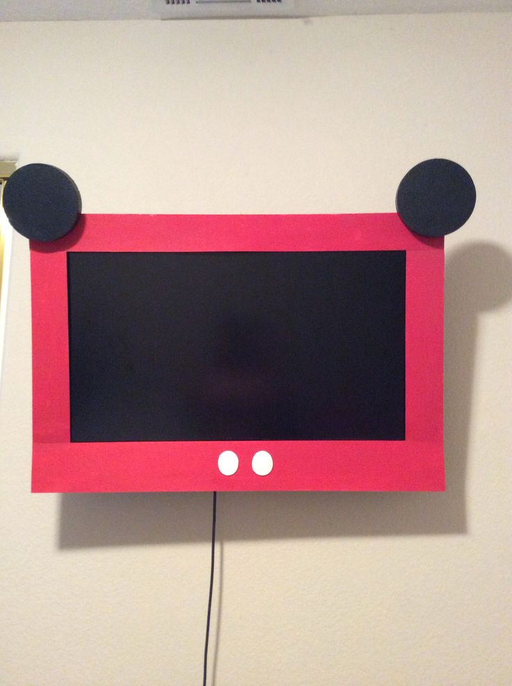 My Homemade Mickey Mouse Tv...gotta Watch A Movie At A Party!